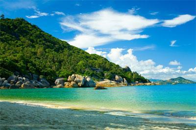 http://www.onlinemoneyusd.ws/images/travel/Krabi/Koh-Phi-Phi.jpg
